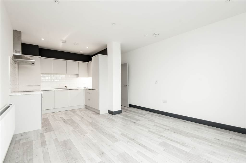 Apt 2 2a Castleview Terrace
