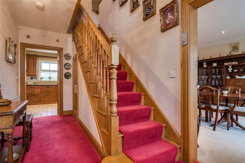 28 Clonmore Manor